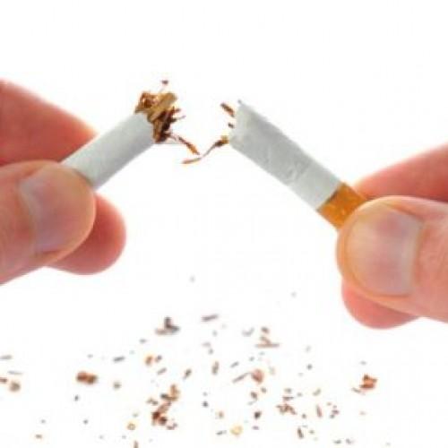 """Speciale """"For Men"""" di Marzo: """"I 7 metodi più curiosi per smettere di fumare"""""""