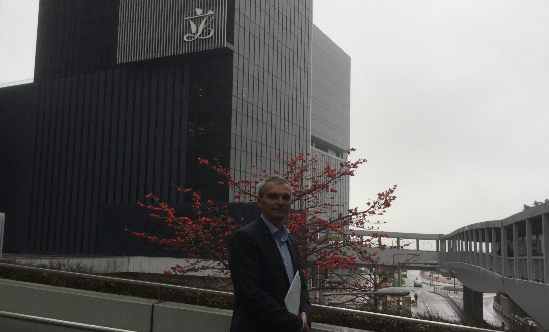 Hong Kong – R. Polosa interviene contro la proposta di divieto delle e-cig