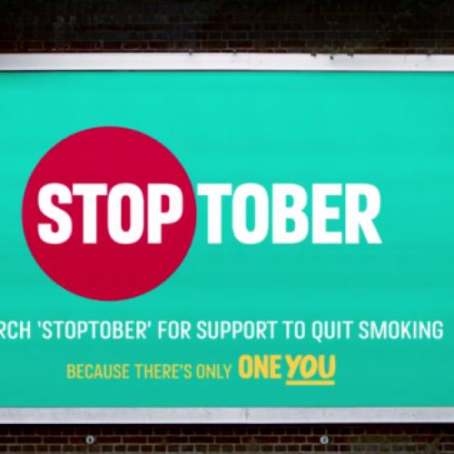 La sanità inglese lancia la prima campagna antifumo che promuove le sigarette elettroniche